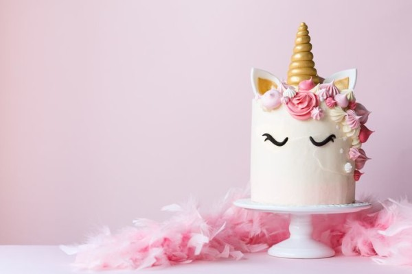 This Sam's Club Unicorn Cake Feeds 66 People