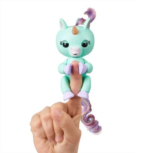 Fingerlings Baby Unicorn