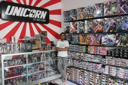 Jonathan Chrisnanda, Tunarungu Yang Sukses Berjualan Gundam Via