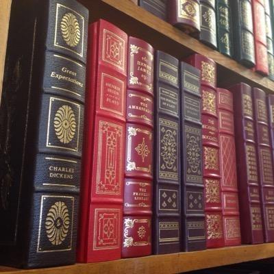 Amber Unicorn Books (@amberunicornlv)