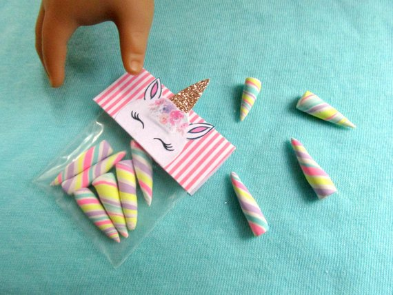 American Unicorn Food 18  Girl Dolls Unicorn Candy Bag, Unicorn