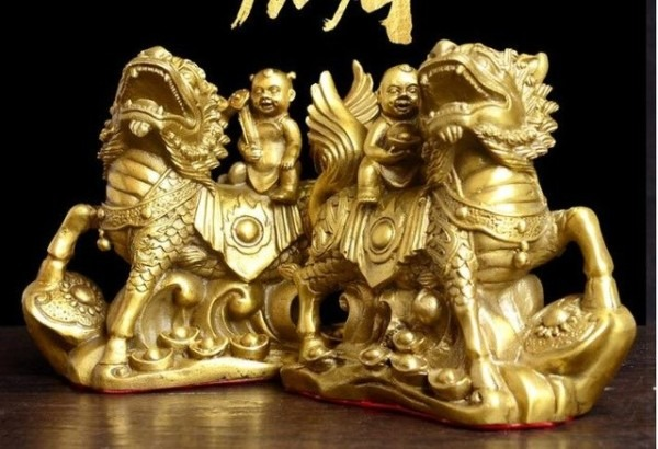 Boutique Antique Pure Copper Unicorn Sculpture Ornament Kirin
