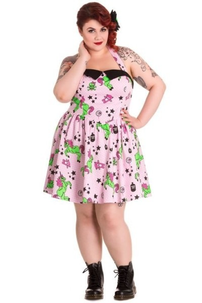 Gothic Clothing For Plus Size Women – A Change From The Usual
