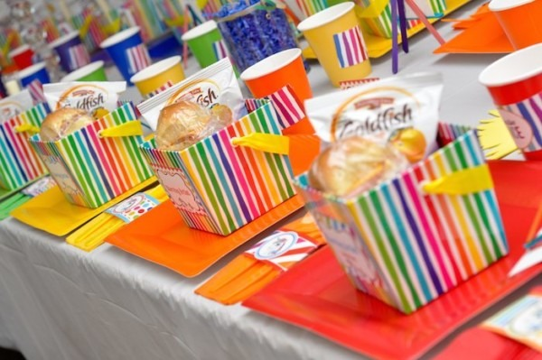 Kara's Party Ideas Rainbow Unicorn Art Party {ideas, Decor
