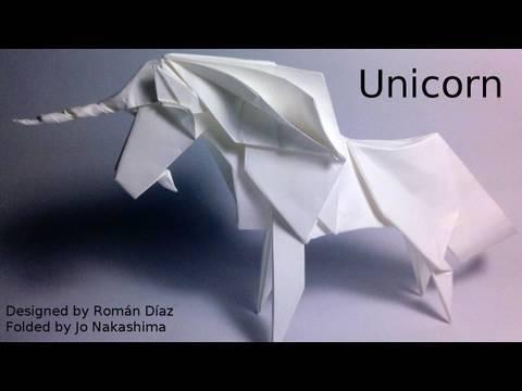 Origami Unicorn (román Díaz)