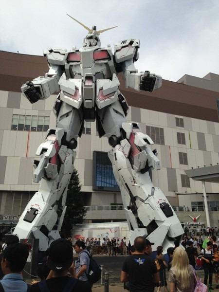 Tokyo's New Giant Gundam Anime Robot Statue Unveiled