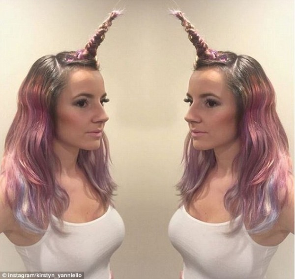 Youtuber Venus Angelic Releases Tutorial On 'unicorn Hair'