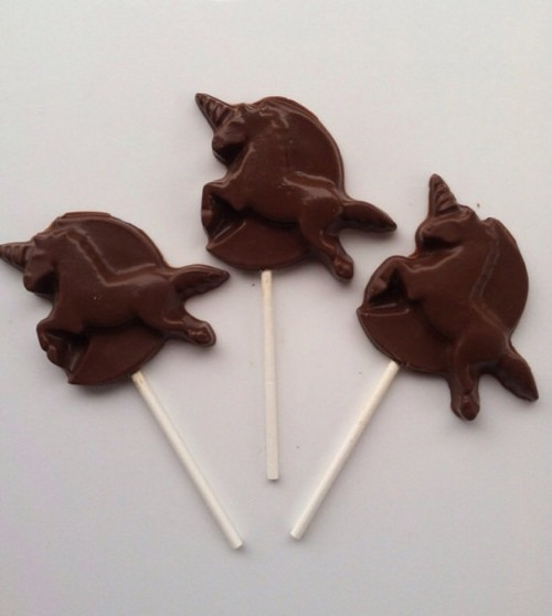 12 Chocolate Unicorn Chocolate Pops Made Fresh For Your Party Or