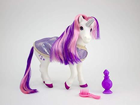 Amazon Com  Breyer 7233 Luna Bath Time Unicorn Color Changing Toy