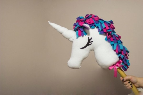 Easy Unicorn Puppets!