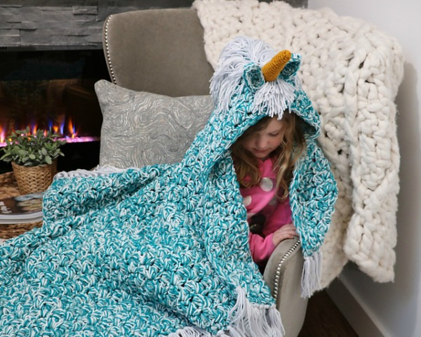 Ravelry  Bulky & Quick Unicorn Blanket  Cowl Pattern By Mj's Off