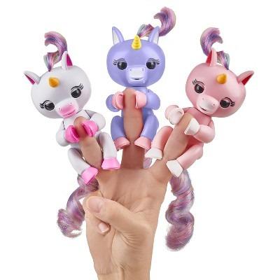 Fingerlings Interactive Unicorn
