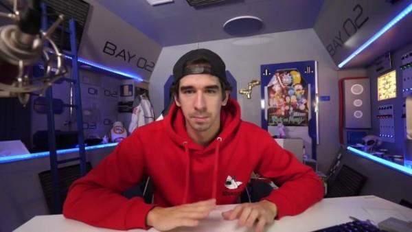 Sweatshirt Red Unicorn Of Vodkprod In His Youtube Video In