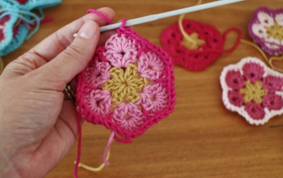 African Crochet Flower Pattern Projects You Will Love