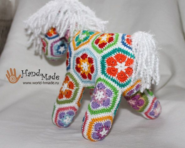 Crochet African Flower Pony Free Instructions In Russian, But Lots