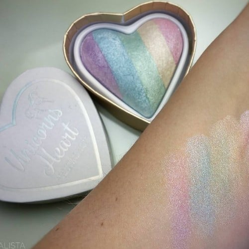 I Heart Makeup Unicorns Heart Rainbow Highlighter