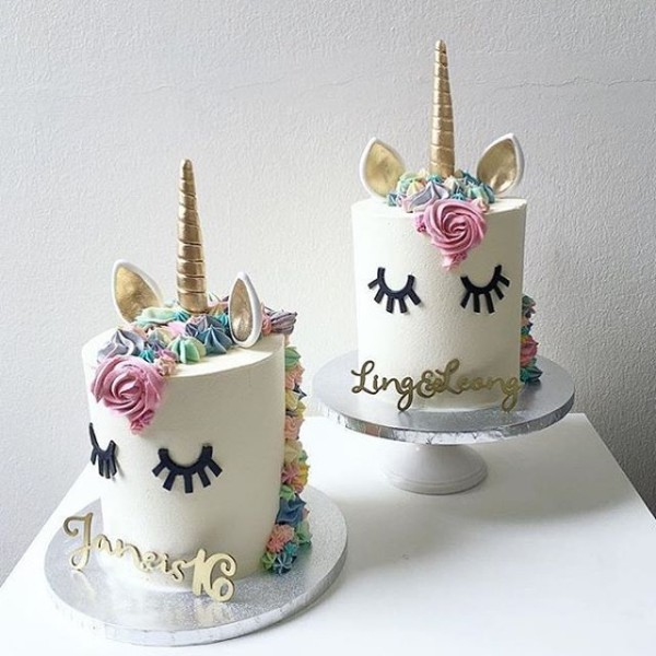 Pretty Mini Unicorn Cakes!! By @kekandco  Cake  Cakeart  Cakeboss