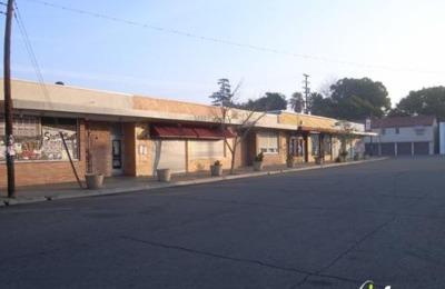 The Brass Unicorn 845 E Fern Ave, Fresno, Ca 93728