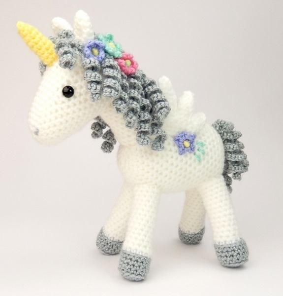 Curlicue The Unicorn Amigurumi Pattern