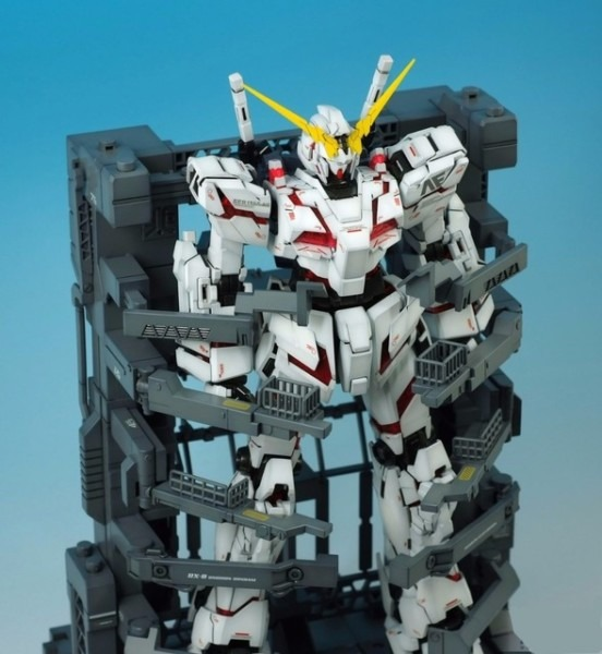 Daban Gundam 1 100 Mg Rx 0 Uc Unicorn Gundam Model With Cage