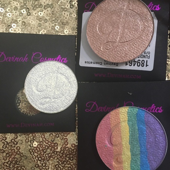 Devinah Cosmetics Makeup