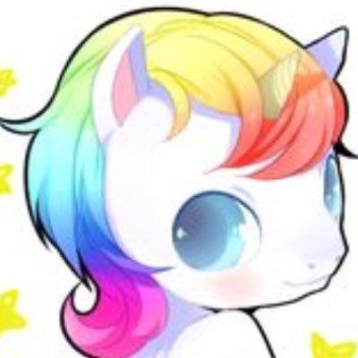 Ellie The Unicorn (@unicornlover72)