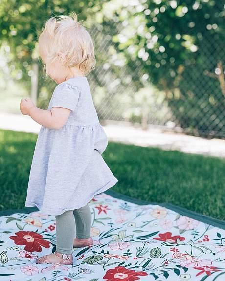 Little Unicorn Outdoor Blanket 5x7