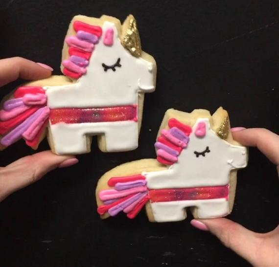 Unicorn Piñata Cookies
