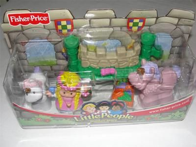 Fisher Price Little People Castle Set Maiden Mary Unicorns Fence