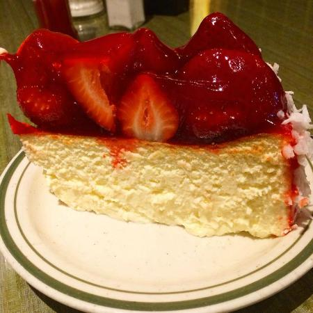 Mikes Unicorn Dine Ny Cheese Cake With Strawberries