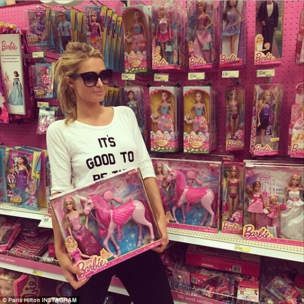 Paris Hilton Wears An 'awesome' Shirt As She Stops By Target To