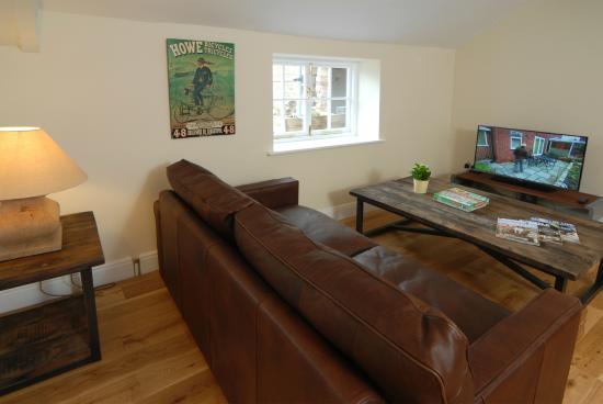 Apartsuite 3 Living Area