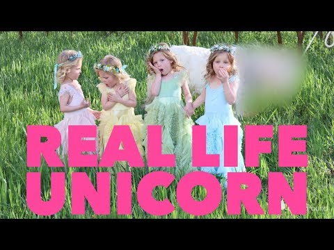Quadruplets Take Photos With A Real Unicorn 🦄