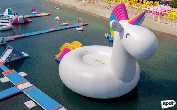 Subic's Inflatable Island Has Largest Floating Unicorn