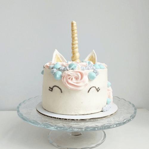 Vegan Unicorn Cake