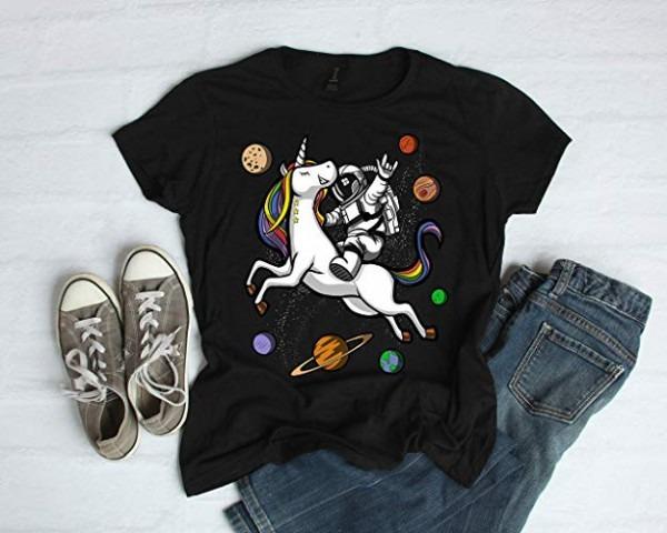 Amazon Com  Astronaut Riding Unicorn Womens Shirt