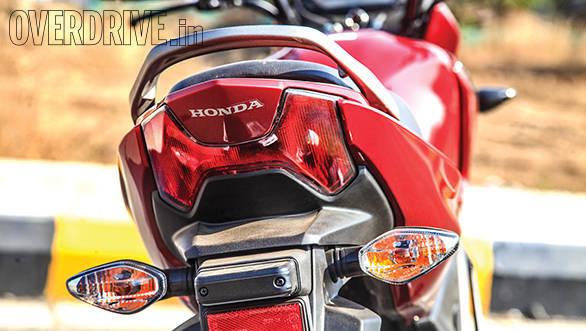 Comparison  Suzuki Gixxer Vs Honda Unicorn 160 Cbs