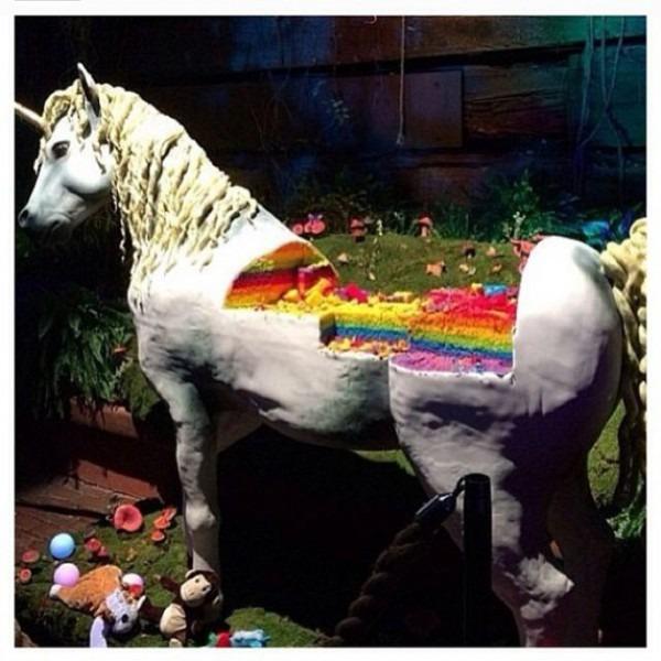Epic Unicorn Cake!!