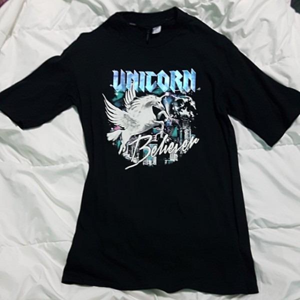 Black  Unicorn Believer   Holographic Half Sleeve T