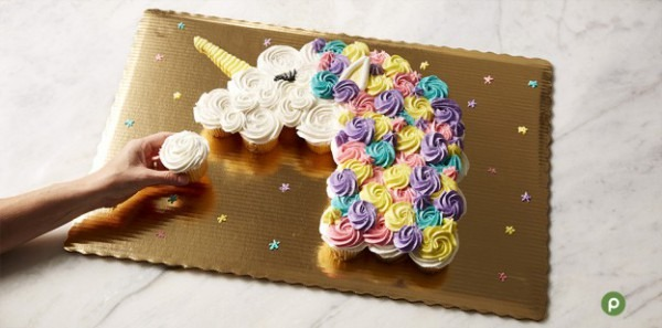 Celebrate With Pull Apart Cupcake Cakes!