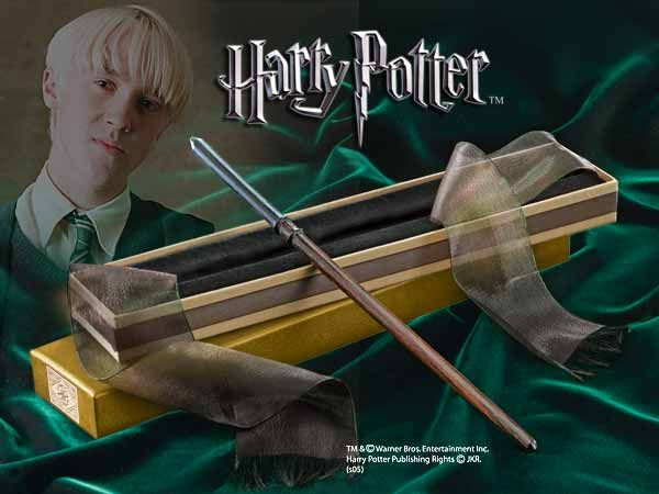 Draco Malfoy's Wand  It Was Made Of  Hawthorn 10 Inches Long With